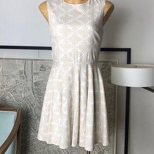 Diane von Furstenberg Dress Size 8